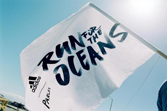 RUN FOR THE OCEANS - Adidas z Parley walczy o czyste oceany!