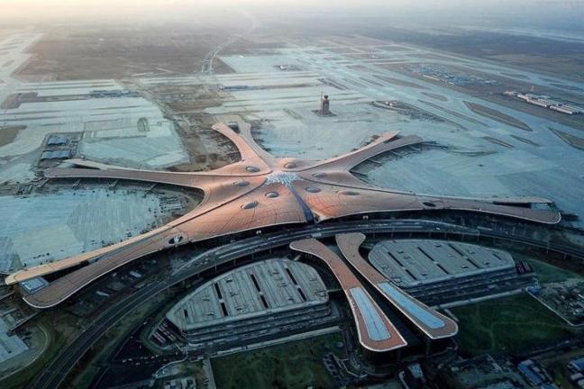Pekińskie lotnisko od Zaha Hadid Architectsen