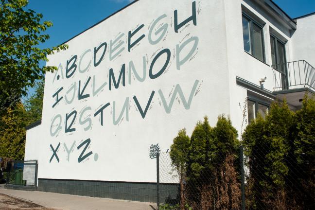Nowy mural na Saskiej Kępie