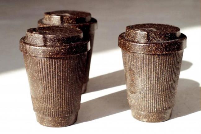 Kubki na wynos z… kawowych fusów!