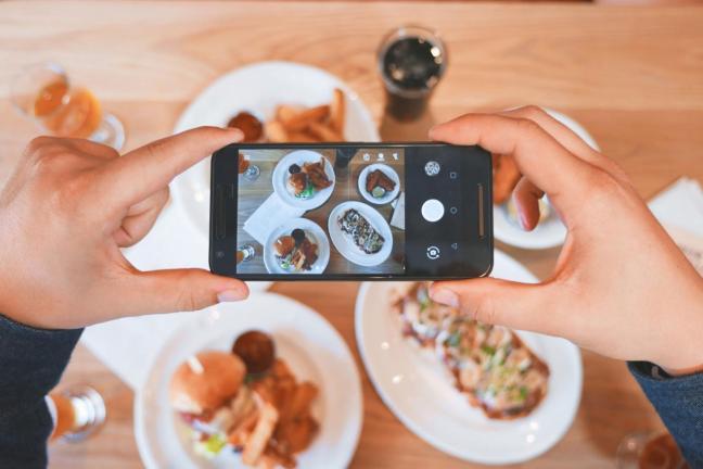 Gdyńska restauracja oferuje rabat za odłożenie telefonu