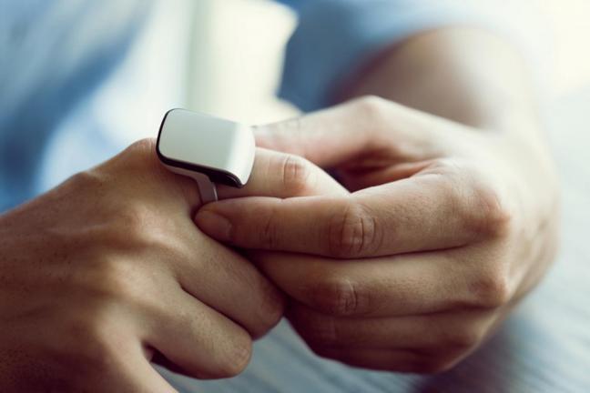 Zmień swój palec w smartfon Smart Ringi ORII