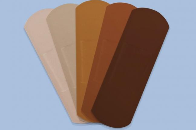 Band-aid wypuszcza plastry w różnych odcieniach skóry