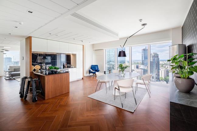 Apartament na 29-tym piętrze warszawskiego wieżowca