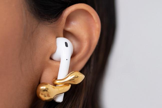 Biżuteria, która pomoże utrzymać słuchawki