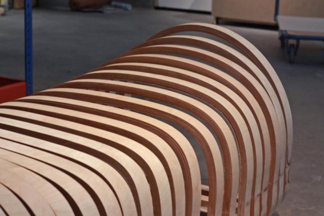 Krzesło, które można zmienić w trumnę