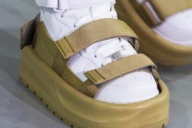 Shoe for shoe