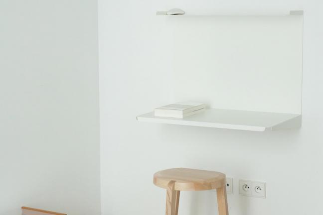 Minimalistyczny apartament w Warszawie