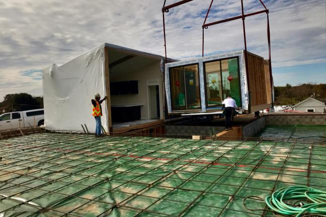 Amazon inwestuje w prefabrykowane domy stawiane w zaledwie jeden dzień
