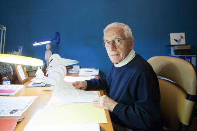 Alessandro Mendini died