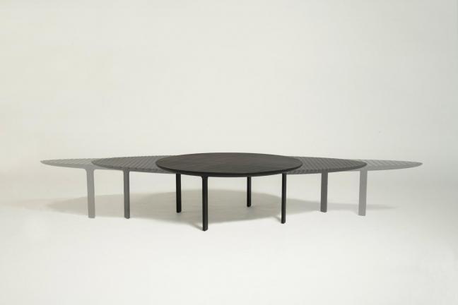 Rozciągliwy stół