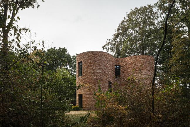 Dom z cegieł z odzysku