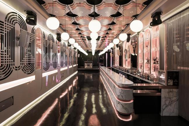 Niezwykły bar w Maladze inspirowany latami 20-tymi