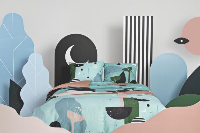 Foonka zaprasza do łóżka artystów