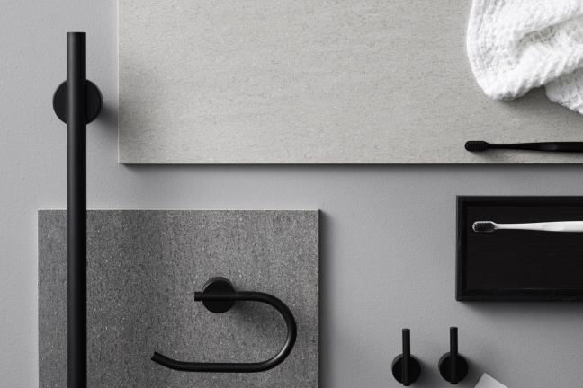 Accessories for a small bathroom in a Scandinavian style