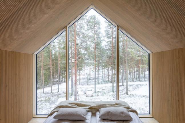 Budynek inspirowany tradycyjną lapońską architekturą