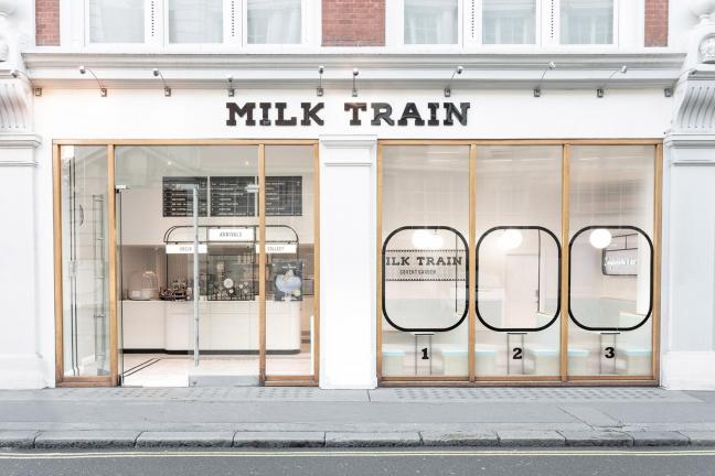 Pastelowa lodziarnia w Londynie
