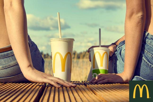 McDonald's w testuje papierowe słomki