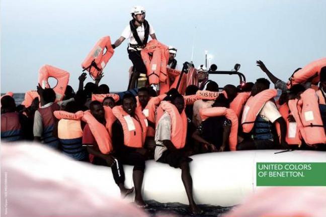 Zdjęcia uchodźców reklamują Benetton