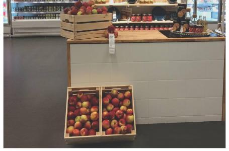 Reakcja IKEA na pogryzione atrapy jabłek w Lublinie