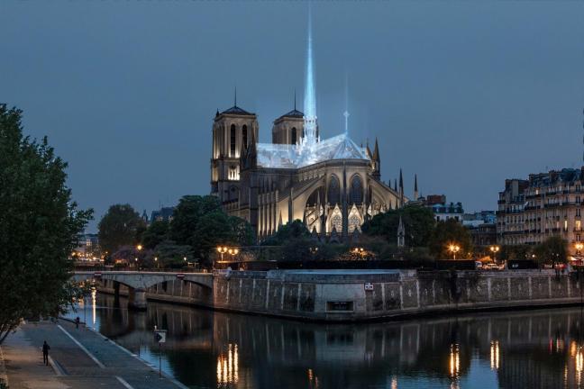 Kontrowersje wokół odbudowy Notre Dame