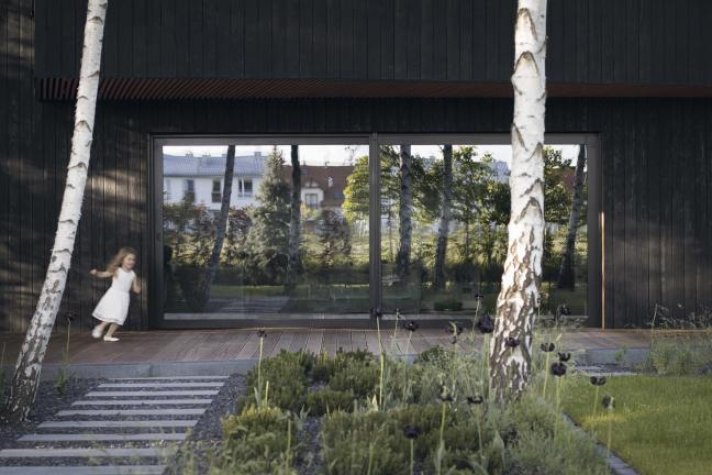 Shou Sugi Ban House pod Warszawą