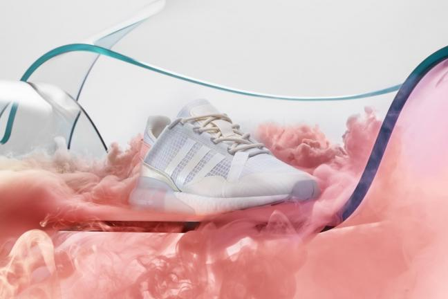 Adidas Originals wprowadza na rynek model ZX 2K BOOST Pure