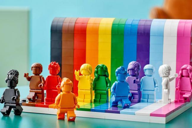 Tęczowy zestaw klocków Lego